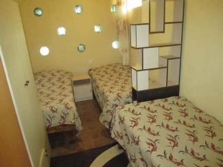 Спальня номера 3-4 гостевого двора в Евпатории на Московской/угол Киевской